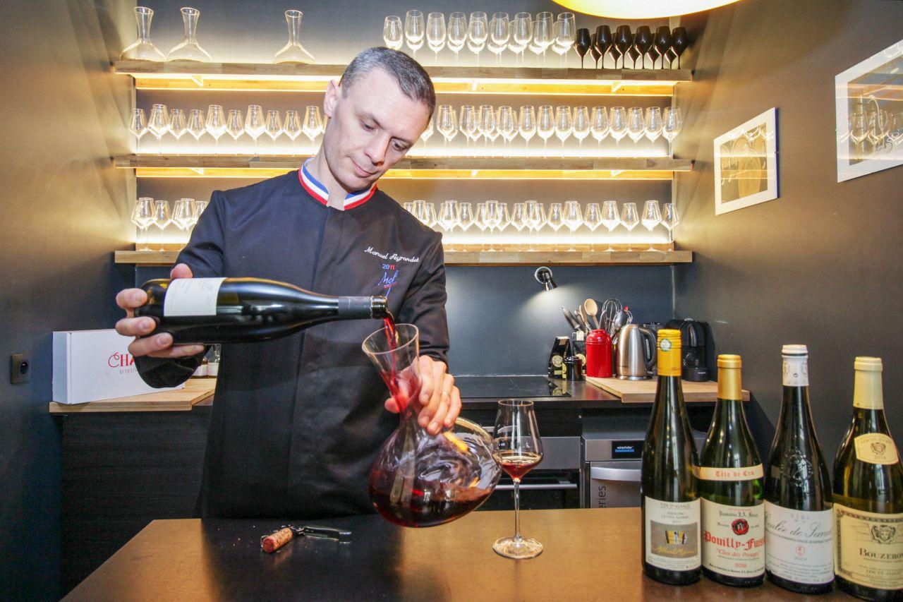 Choisir sa bouteille de vin avec délicatesse